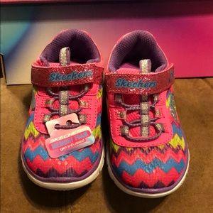 Skechers memory foam gel-infused shoe size 6